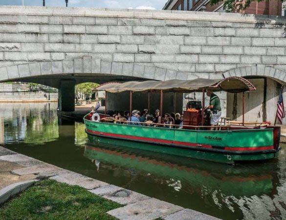 Meet Distillers on Richmond's Booze Cruise Series