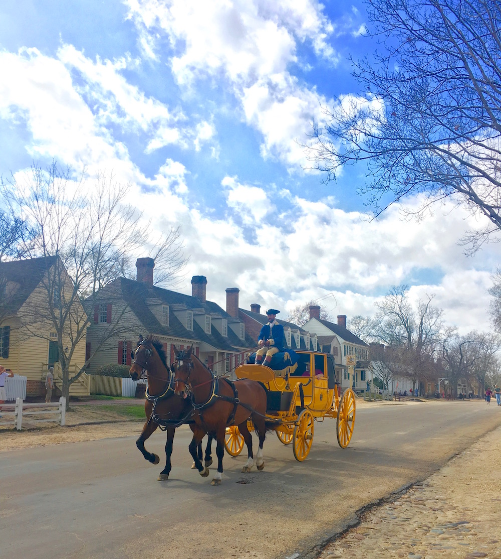 Duke of Gloucester Street, carriage, Colonial Williamsburg