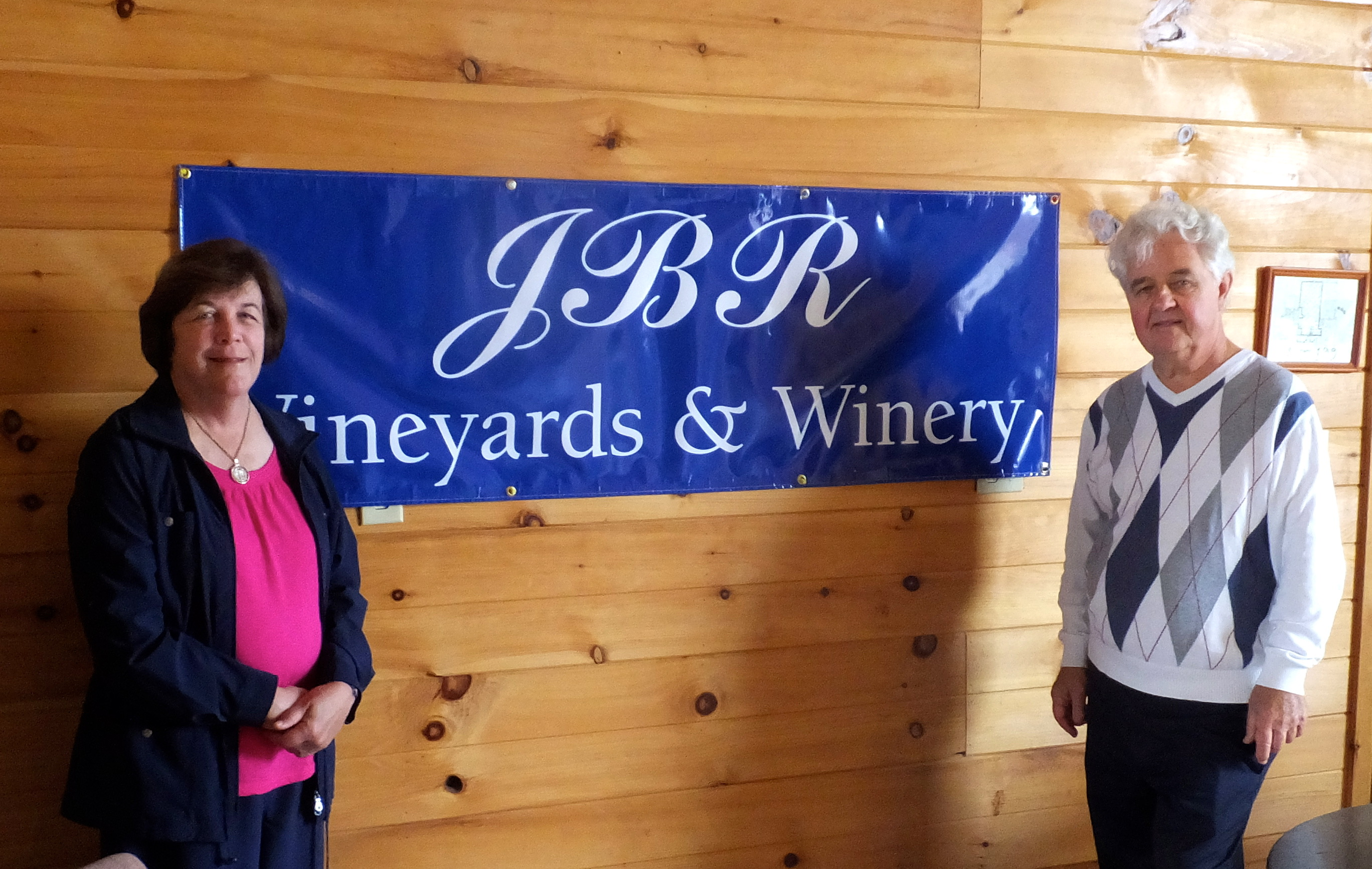JBR Wine Blue Ridge Mountains, Giles