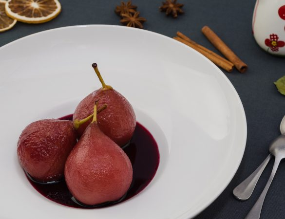 Molon Lave Vineyards' Chambourcin and Poached Pear Dessert